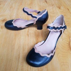 Miz Mooz Trolan Scalloped Leather Mary Jane's